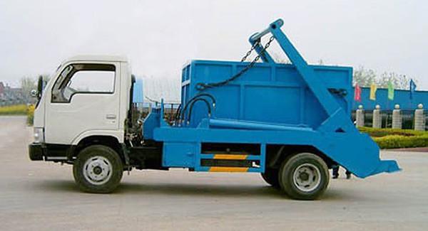 拉臂钩垃圾车 环保小能手