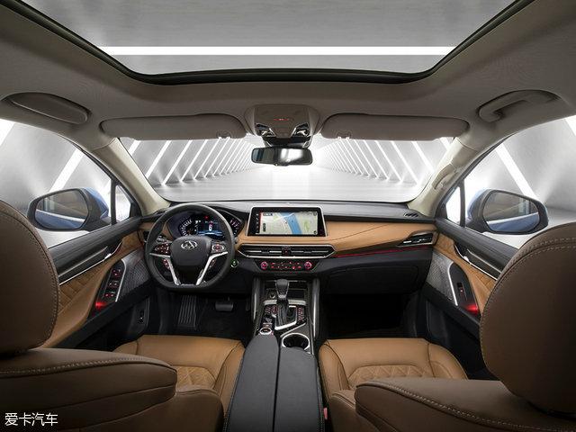 上汽大通全新SUVD90亮相提供7座布局高清图片