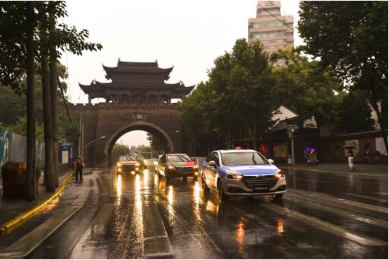 """世界杯观赛之旅抵达武汉,北京汽车再启球迷""""畅享时刻"""" 汽车殿堂"""