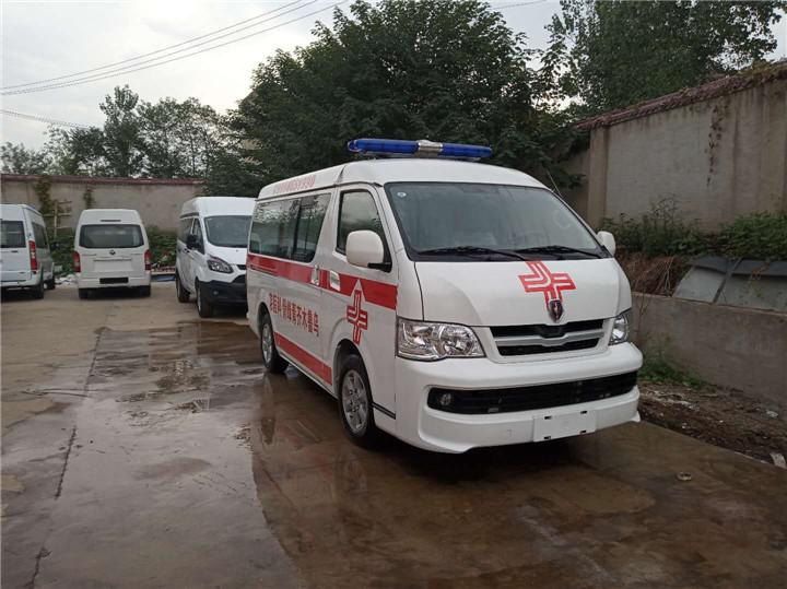 金杯救护车图片.jpg