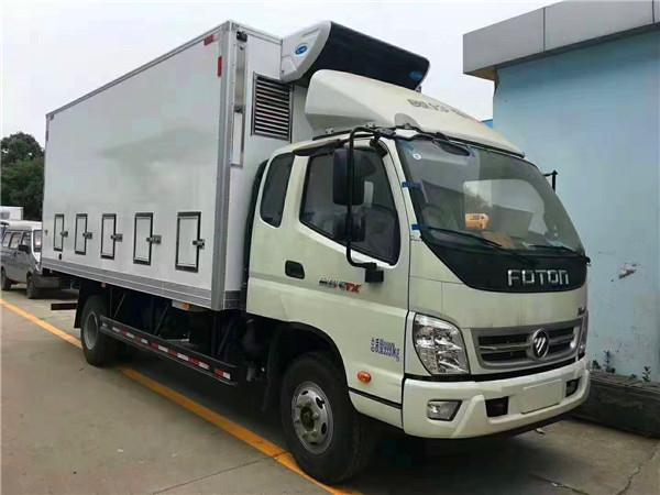 河南商丘用户定制一台5米厢式鸡苗运输车猪苗车