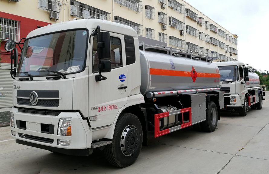 东风天锦10吨油罐车多少钱