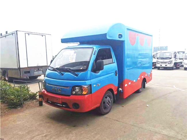 摆地摊首选!江淮国六售货车X5,小型小吃售货车,移动冰淇淋车