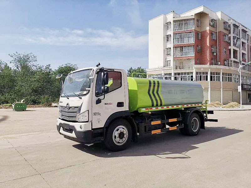 福田瑞沃12吨洒水车厂家配置说明