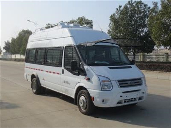 国六江铃福特全顺运兵车每辆可以运多少人_厂家在哪儿_报价多少_有哪些配置?