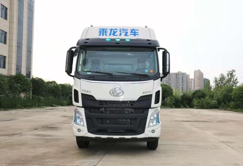 柳汽国六三轴供液车