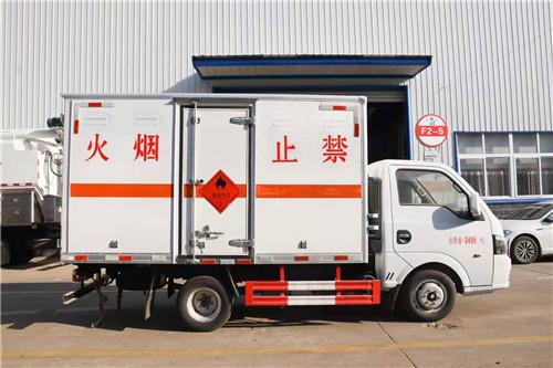 国六东风途逸3.1米/3.4米/3.6米易燃气体厢式运输车