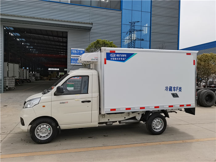 国六福田祥菱V1药品冷藏车6.5方疫苗冷链车